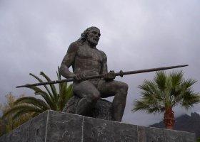 Статуя Gran Tinerfe